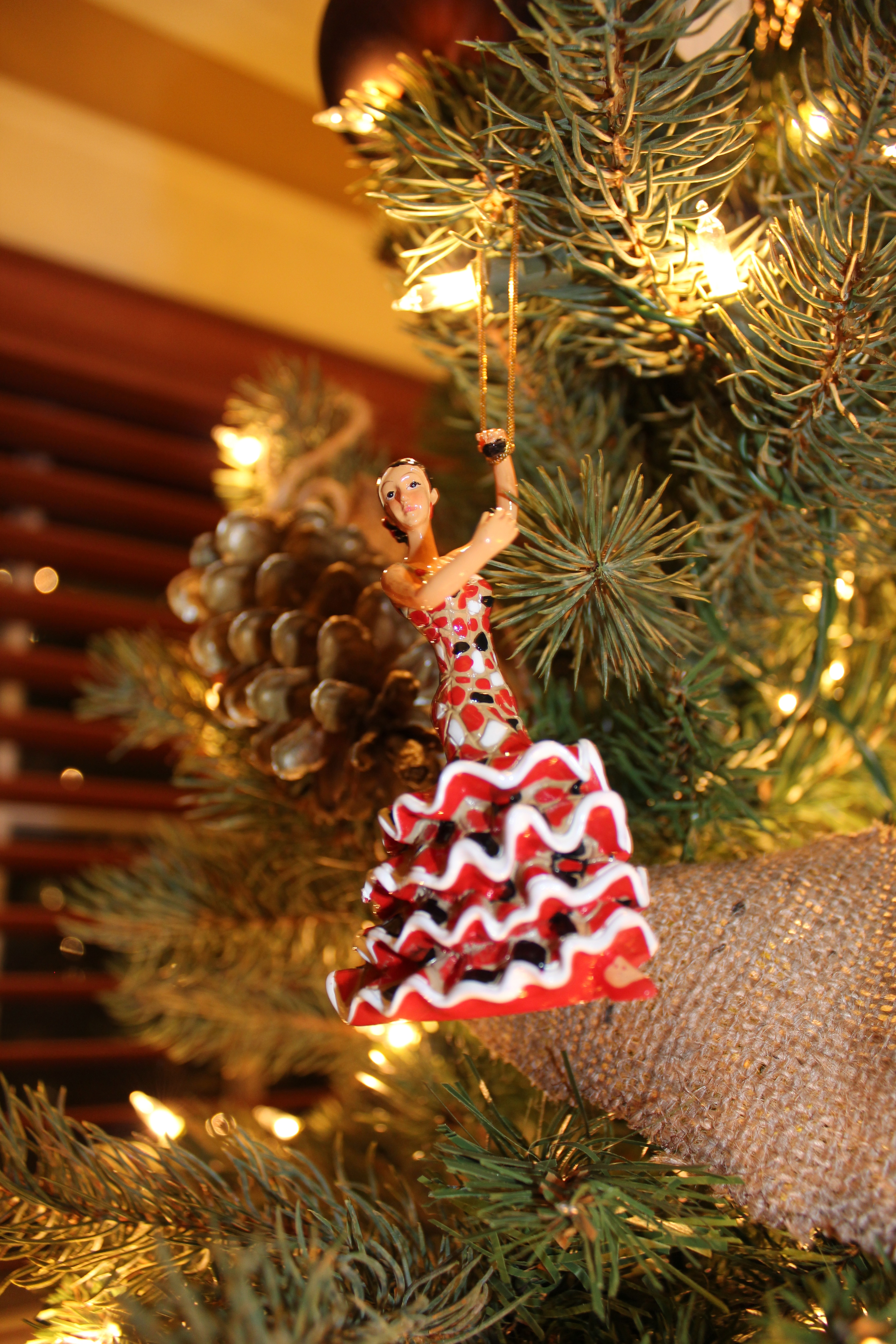 Our Crafty Home The Christmas Trees 2011!  - Spanish Christmas Trees